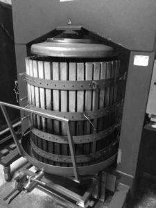 Négociant en vin pressoir Vignobles Gaucher 33